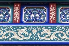 在Gerrard街,唐人街,伦敦,英国上的装饰门 库存照片