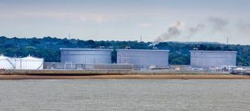 在Gibralter海岸的石油坦克  免版税库存图片