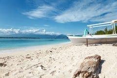在Gili Trawangan,印度尼西亚的热带海滩 库存照片