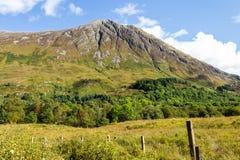 在Glencoe谷,苏格兰的高山 免版税库存图片