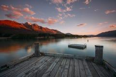 在Glenorchy,新西兰的日落 免版税库存照片