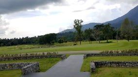 在goodday的高尔夫球场风景 免版税库存照片