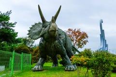在Goseong恐龙博物馆,韩国的恐龙atatue 库存照片