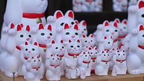 在Gotokuji的雕象猫在东京 影视素材