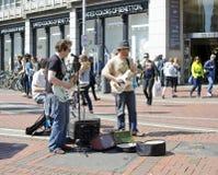 在Grafton街,都伯林上的音乐家 库存照片