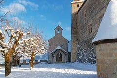 在Gruyeres附近城堡的极小的教堂  库存照片