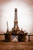 在Guanabara海湾的石油平台 库存图片