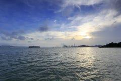 在gulangyu小岛西部海滩的日落  库存照片