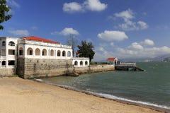 在gulangyu海边的欧洲风格的别墅  免版税库存图片