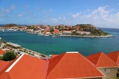 在Gustavia港口的鸟瞰图在圣Barts 免版税库存照片
