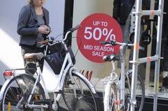 50%在H&M的折扣ssla 库存图片