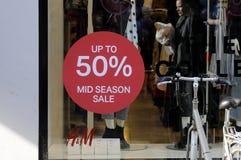 50%在H&M的折扣ssla 免版税图库摄影
