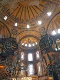 在Hagia索非亚里面在伊斯坦布尔 免版税图库摄影