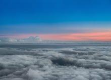 在Haleakala国家公园,毛伊,夏威夷的日落 免版税图库摄影