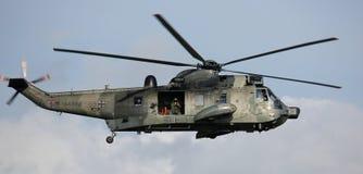 在Hansesail的军用直升机2014年 免版税库存照片
