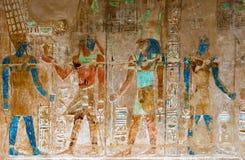 在Hatshepsut寺庙的壁画在埃及 免版税库存图片