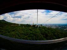 在Hatyai公园,合艾,泰国的缆车 免版税库存照片