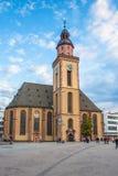 在Hauptwache广场的Katharinen kirche在法兰克福上午矿 库存图片