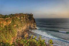 在hdr的热带峭壁海岸线 图库摄影