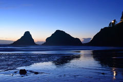 在Heceta海滩的黄昏 图库摄影