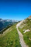 在Hochvogel山,奥地利的Baumenheimer Weg 图库摄影