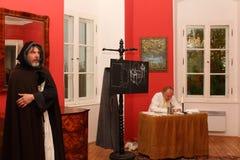 在Houska城堡的夜表现 免版税图库摄影