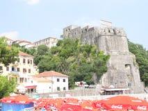 在hov的大厦拉了,黑山,夏天 免版税库存照片