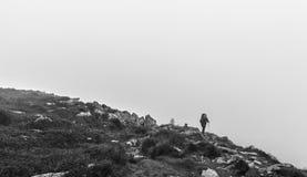 在Hoverla上面的旅游攀登  库存图片