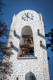 在Humahuaca Cabildo香港大会堂钟楼- Humahuaca, Jujuy,阿根廷的敲响的响铃 库存图片