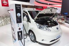 在IAA的电日产e-NV200 2015年 库存图片