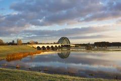 在IJssel的桥梁 图库摄影