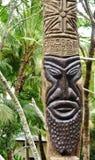 在Ile des别针(的雕刻的美拉尼西亚tiki图腾; Pines)小岛; 图库摄影