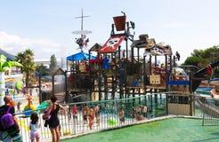 在Illa幻想曲巴塞罗那的水公园浇灌吸引力 免版税库存照片