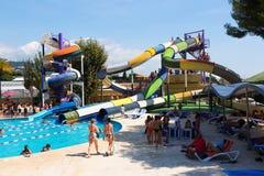 在Illa幻想曲巴塞罗那的水公园的幻灯片 免版税图库摄影