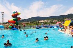 在Illa幻想曲巴塞罗那waterpark的水吸引力 库存图片