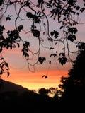 在Ille石灰岩地区常见的地形的日落 免版税库存图片