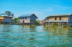 在Inle湖,缅甸的恶劣的大厦 库存照片
