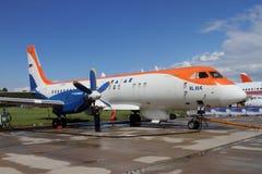 在Internati的双发动机涡轮螺旋桨发动机客机伊尔-114 库存图片