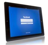 在iPad 3的Facebook 图库摄影
