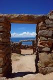 在Isla在的喀喀湖的del Sol的Chincana印加人废墟 库存照片