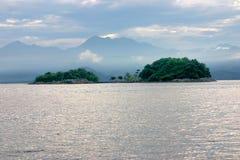 在isla重创的巴西附近的热带海岛 免版税图库摄影