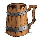 在ite背景隔绝的古老老木手工制造杯子 库存图片
