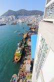 在Jagalchi市场,釜山,韩国旁边的Jagalchi捕鱼港口 库存图片