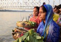 在Jagannath Ghat的Chhath节日 免版税图库摄影