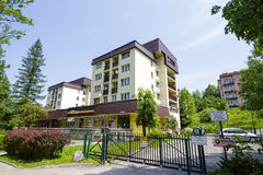 在Jagiellonska Str的居住区在扎科帕内 免版税库存照片