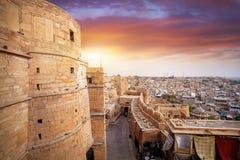 在Jaisalmer堡垒的日落在印度 免版税图库摄影