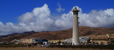 在Jandia海滩,西班牙的灯塔 免版税图库摄影