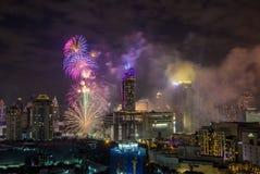 在January1,2018的超级声波烟花庆祝展示在CentralWorld广场的曼谷读秒2018年, Ratchaprasong Intersec期间 库存图片