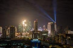 在January1,2018的超级声波烟花庆祝展示在CentralWorld广场的曼谷读秒2018年, Ratchaprasong Intersec期间 免版税图库摄影