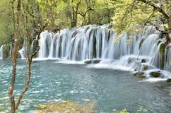 在jiuzhai谷,瓷的瀑布 免版税库存图片